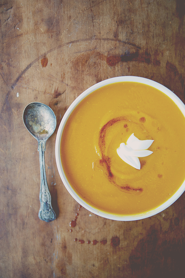 BROWN BUTTER BUTTERNUT SQUASH SOUP - The Kitchy Kitchen