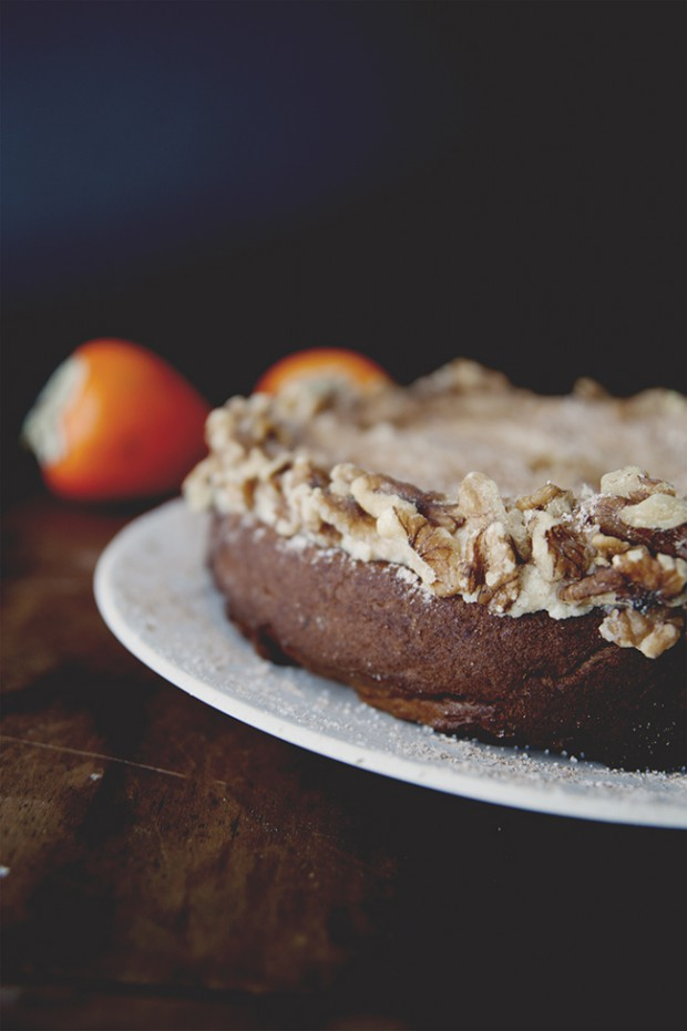 Spiced Persimmon Cake With Cinnamon Brown Sugar Cream