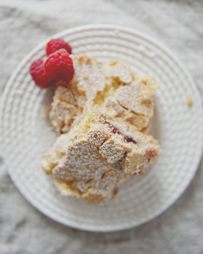 LEMON RASPBERRY JAM BARS // The Kitchy Kitchen