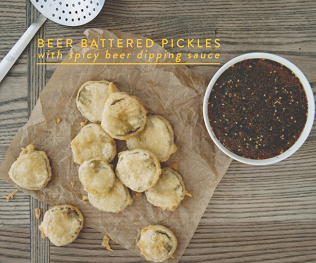BEER BATTERED PICKLES WITH SPICY BEER DIPPING SAUCE // The Kitchy Kitchen