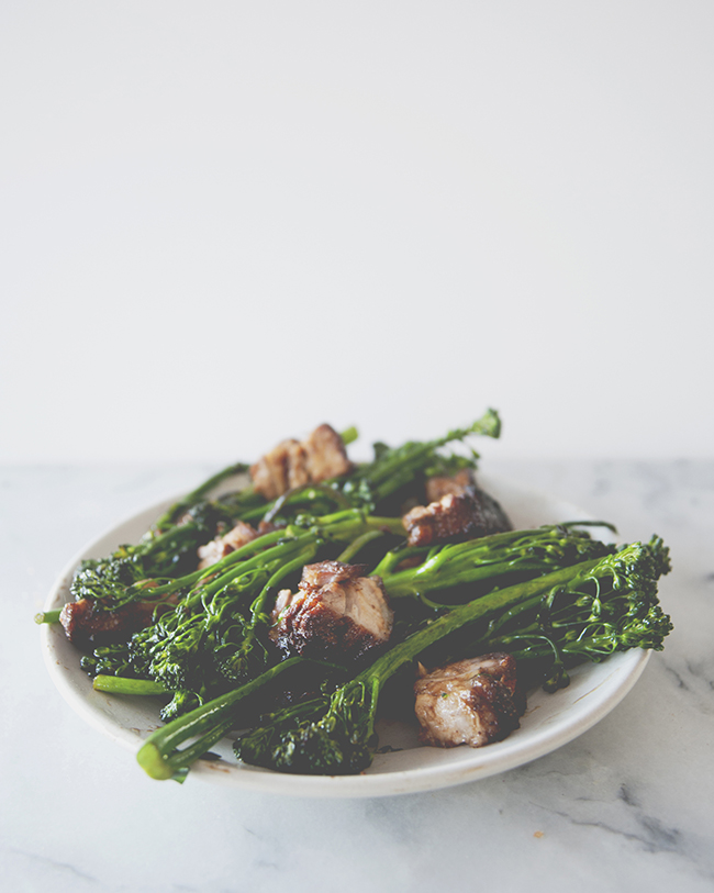 PORK BELLY + BROCCOLI // The Kitchy Kitchen