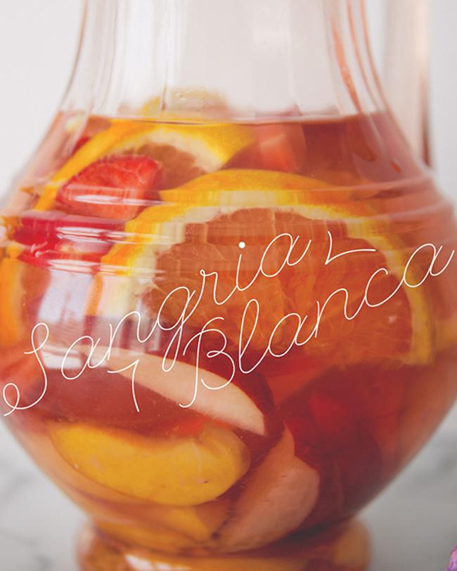 SANGRIA BLANCA // The Kitchy Kitchen