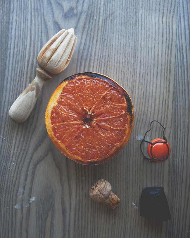 ROASTED VANILLA GRAPEFRUIT MIMOSAS // The Kitchy Kitchen