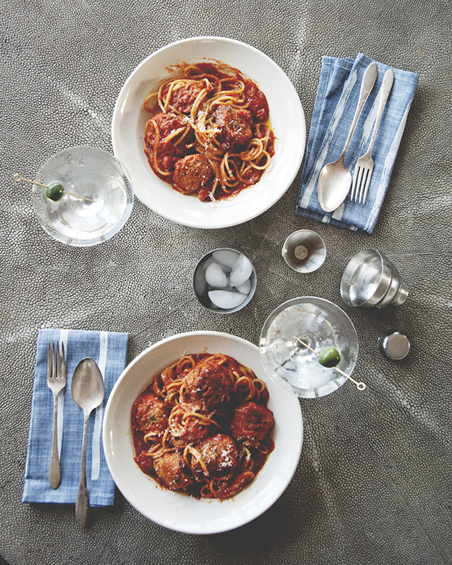 SPAGHETTI + MEATBALLS + MARTINIS // The Kitchy Kitchen