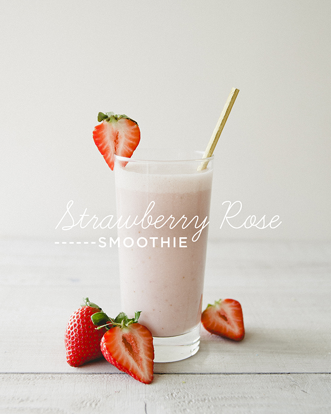 STRAWBERRY ROSE SMOOTHIE // The Kitchy Kitchen