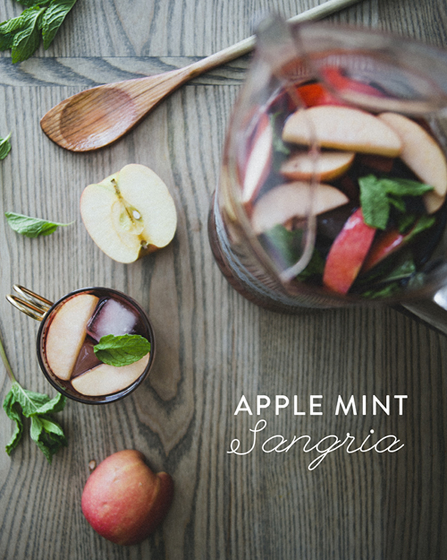 APPLE MINT SANGRIA // The Kitchy Kitchen