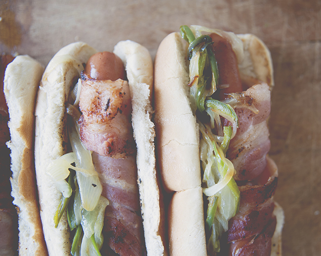 BACON WRAPPED HOT DOGS, STREET STYLE // The Kitchy Kitchen
