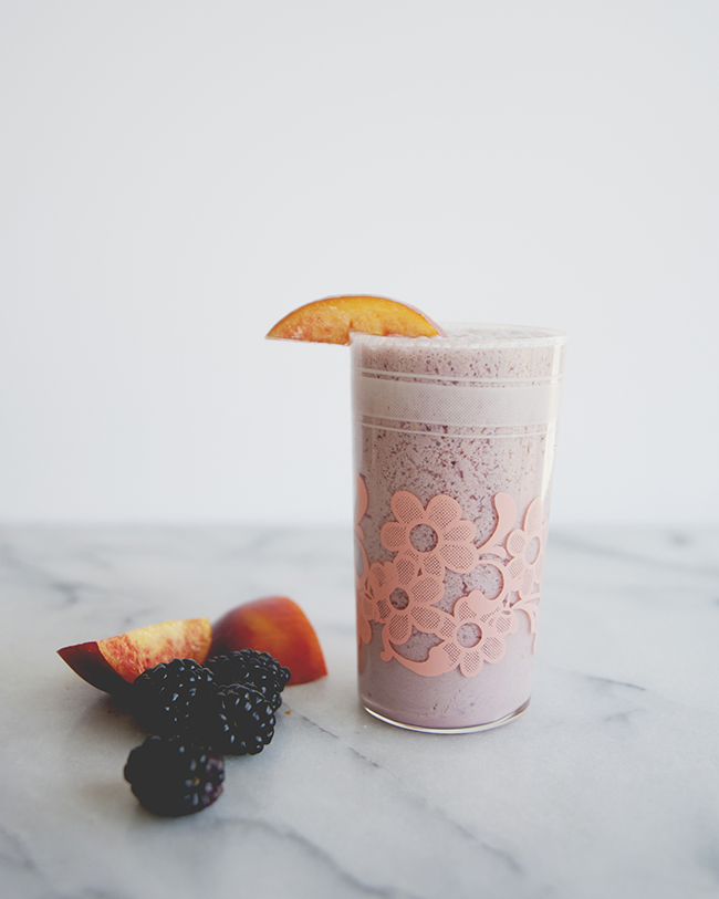 BREEZY SUMMER SHAKE // The Kitchy Kitchen