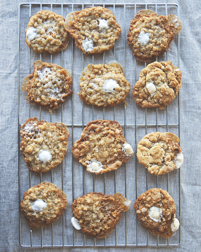 RICE KRISPIES TREAT COOKIES // The Kitchy Kitchen