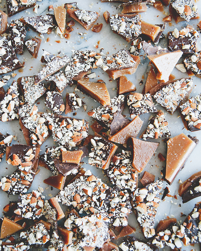 TINA'S TOFFEE // The Kitchy Kitchen