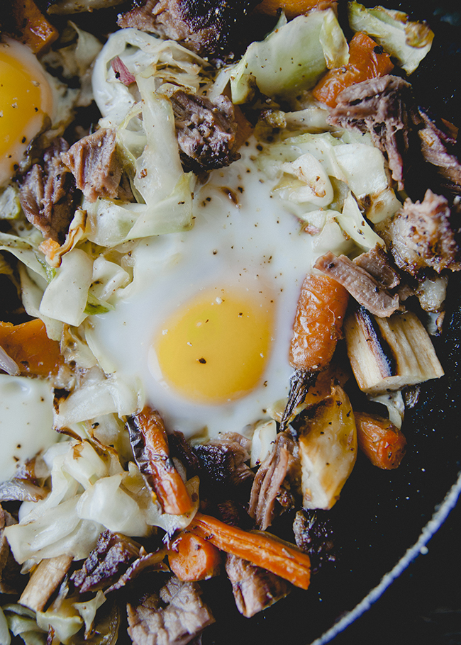 BRISKET HASH WITH CABBAGE // The Kitchy Kitchen