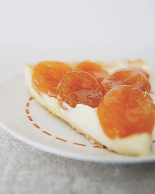 DRIED APRICOT + MASCARPONE TART // The Kitchy Kitchen