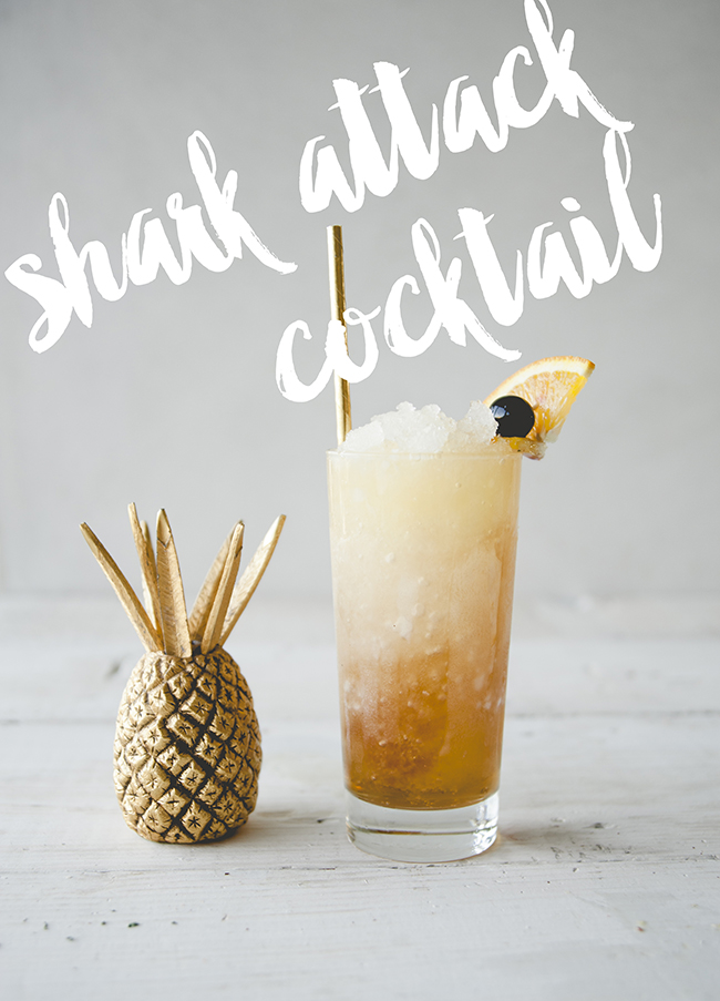 SHARK ATTACK COCKTAIL // THE KITCHY KITCHEN
