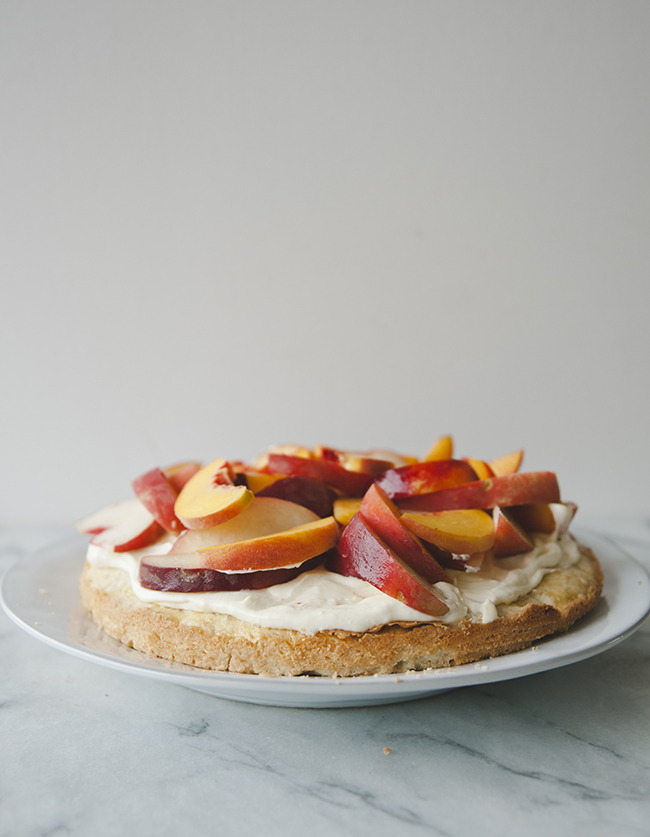 SCONE CAKE WITH STONE FRUIT // THE KITCHY KITCHEN