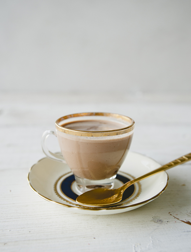 FRENCH HOT CHOCOLATE // THE KITCHY KITCHEN